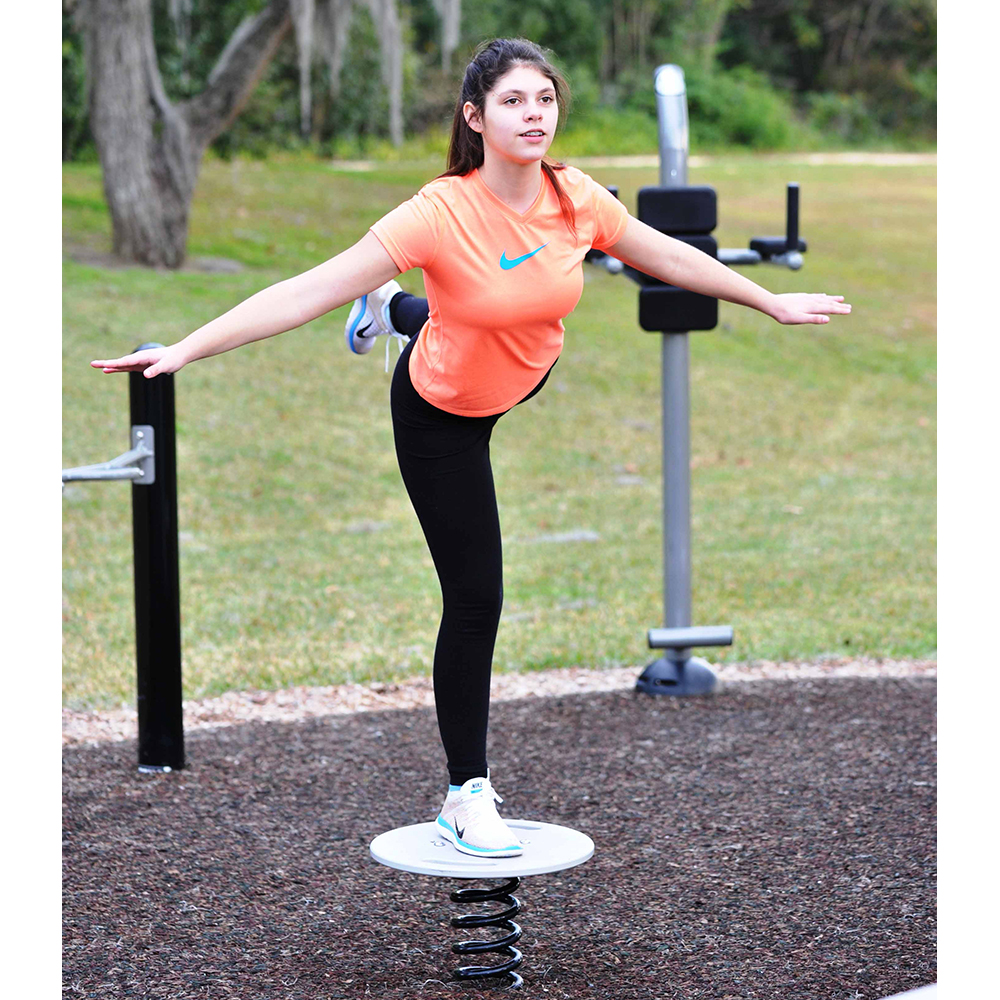 Balance Board Exercises Benefits: Outdoor Fitness Equipment
